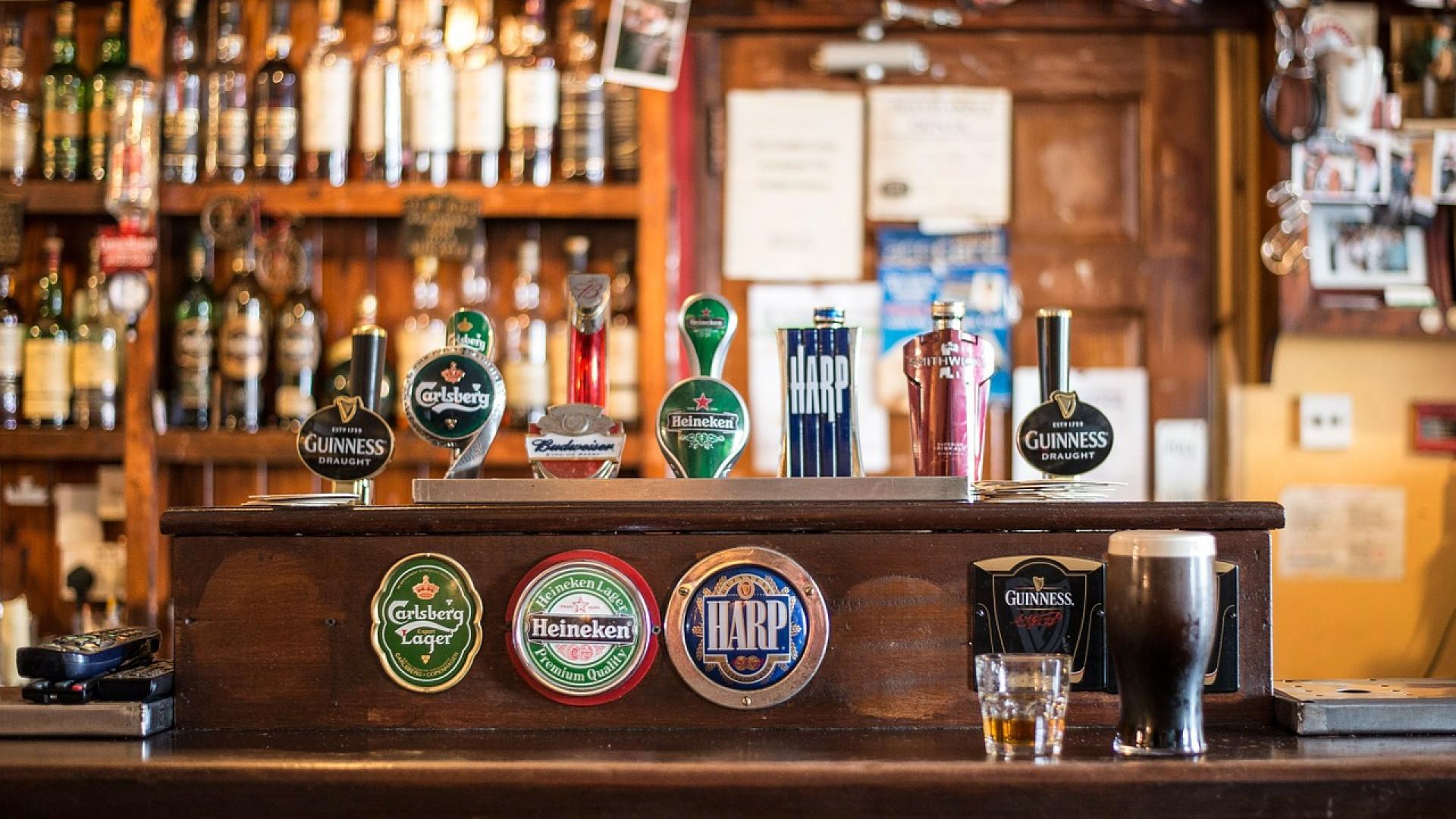 Choisissez un style industriel pour sublimer votre bar